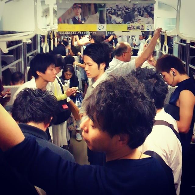All dudes on the train. Kakoi desu ne..... u_u; #okayama